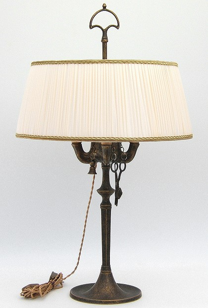 Florentine Large oil lamp antiqued with ivory plissè lampshade