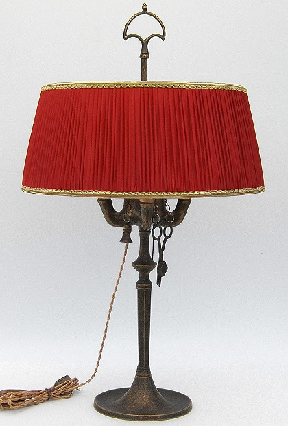 Florentine Large oil lamp antiqued with red plissè lampshade