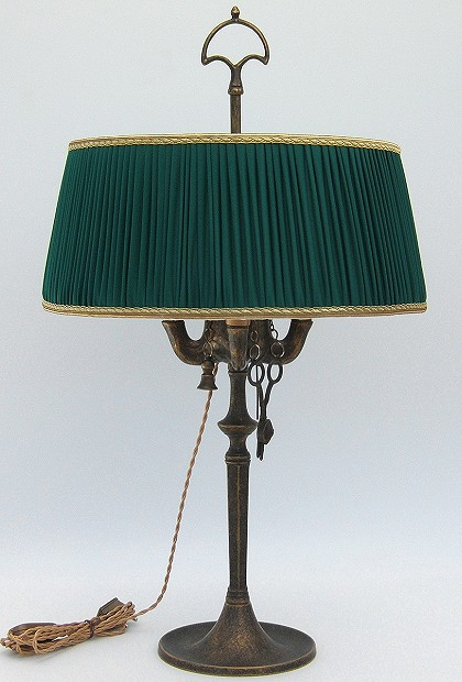 Florentine Large oil lamp antiqued with dark green plissè lampshade