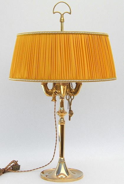 Florentine Large oil lamp polished with yellow plissè lampshade