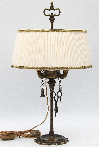 Florentine Small oil lamp antiqued with ivory plissè lampshade