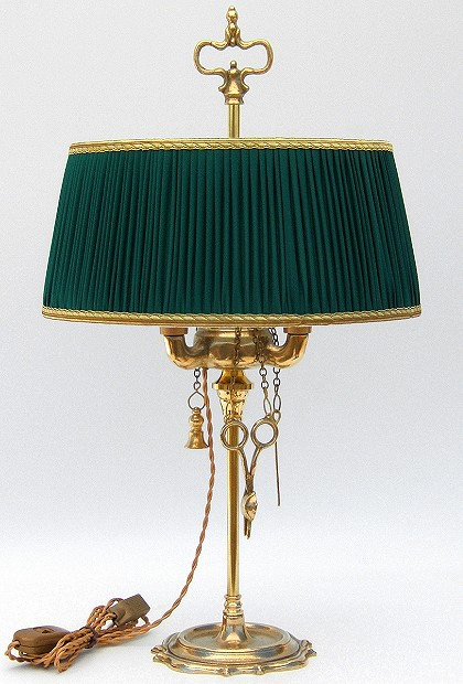 Florentine Small oil lamp polished with dark green plissè lampshade